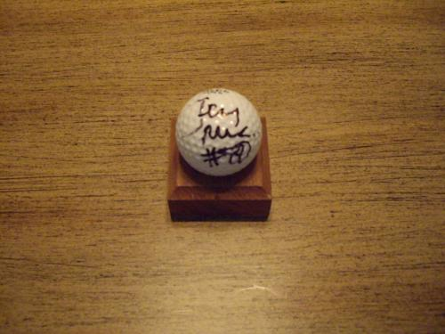 49er Jerry Rice Autographed golf ball