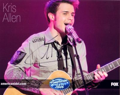 Kris Allen autographed 8x10 2009 American Idol photo