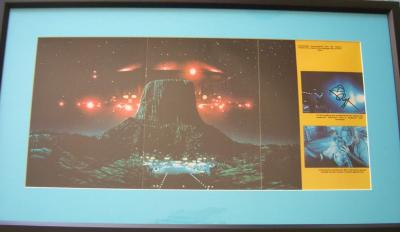 Richard Dreyfuss autographed Close Encounters poster matted & framed