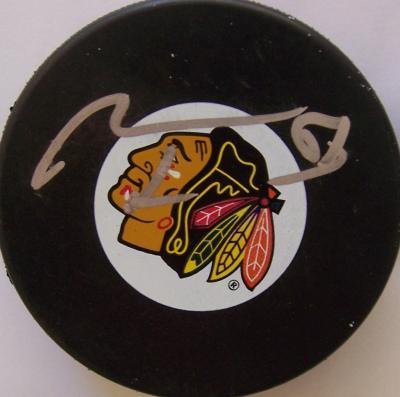 Marian Hossa autographed Chicago Blackhawks puck