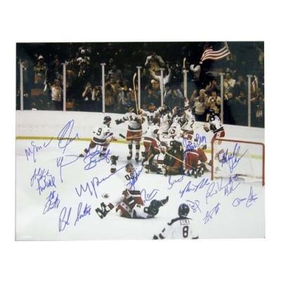 1980 Miracle on Ice USA Olympic Hockey Team autographed 16x20 poster size photo
