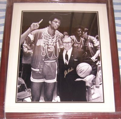 John Wooden autographed UCLA 16x20 poster size photo matted & framed