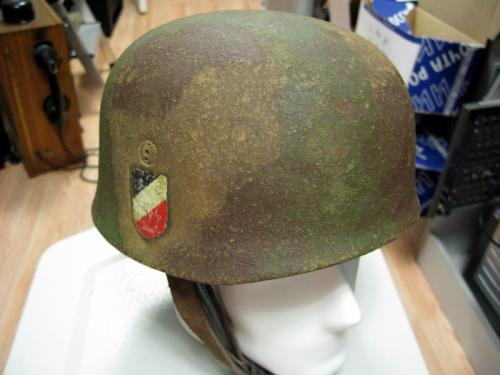 Original German WW2 Fallschirmjager M38 Helmet/ET71