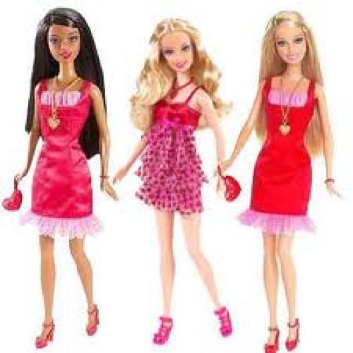 Dolls: Valentine Barbie Dolls