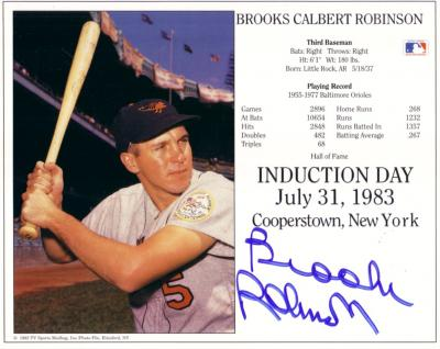 Brooks Robinson autographed Baltimore Orioles HOF Induction Day 8x10 photo card