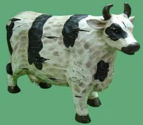 Decorative; Living Resin Woodcut Cow Figurine/Animal Decoration