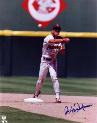 Roberto Alomar autographed San Diego Padres 8x10 photo