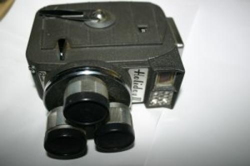 Vintage 1959 MANSFIELD HOLIDAY II 8MM CINE TURRET MOVIE CAMERA