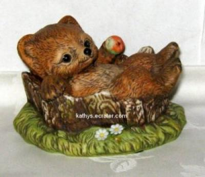 Masterpiece Porcelain Homco Bear in Stump Animal Figurine