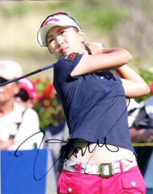 Momoko Ueda (LPGA) autographed 8x10 photo