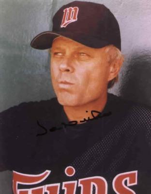 Joe Niekro autographed 8x10 Minnesota Twins photo