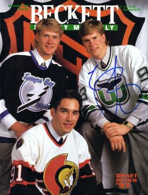 Chris Pronger autographed Hartford Whalers 1993 Beckett Hockey magazine cover