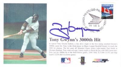 Tony Gwynn autographed San Diego Padres 3000 Hits cachet envelope (Photo File)