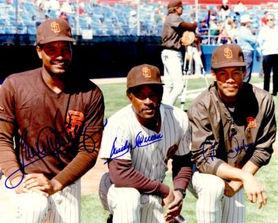 Roberto Alomar Sandy Alomar Jr. Sandy Alomar Sr. autographed San Diego Padres 8x10 photo