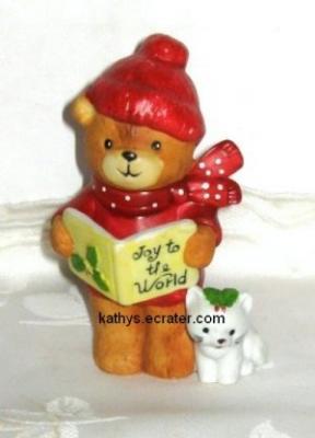 Enesco Piglets 1979 Christmas Carol Bear Animal Figurine