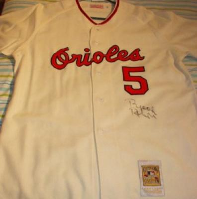 Brooks Robinson autographed Baltimore Orioles 1966 Mitchell & Ness throwback jersey