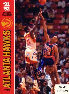 Dominique Wilkins autographed Atlanta Hawks 1991-92 Yearbook