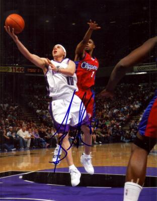 Mike Bibby autographed 8x10 Sacramento Kings photo