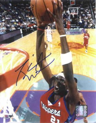 Darius Miles autographed Los Angeles Clippers 11x14 dunk photo