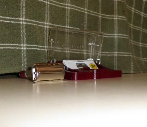 1956 Gillette Red Tip Saftey Razor with orig case