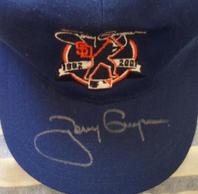 Tony Gwynn autographed San Diego Padres 2001 Retirement commemorative cap