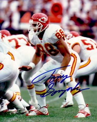 Tony Gonzalez autographed Kansas City Chiefs 8x10 photo