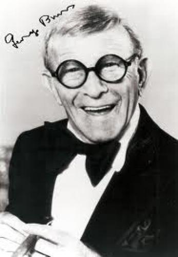 Autograph; George Burns Autograph Signed Photo