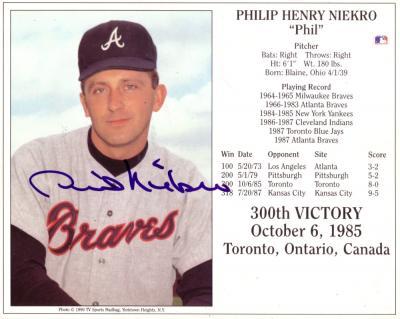 Phil Niekro autographed 300th Win 8x10 photo card