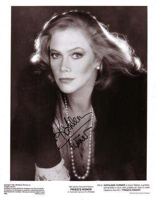 Kathleen Turner autographed 8x10 Prizzi's Honor black & white photo