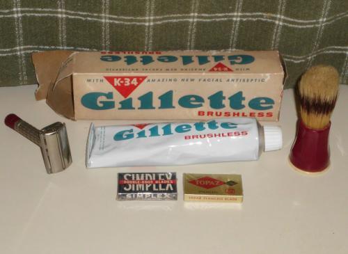 1957 Gillette Red Tip Safety Razor Lot