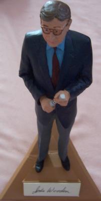 John Wooden autographed UCLA Gartlan figurine (limited edition 1975)