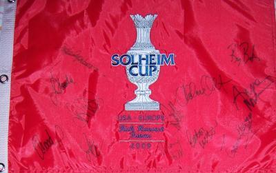 2009 European Solheim Cup Team autographed embroidered flag (Anna Nordqvist Suzann Pettersen)