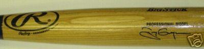 Tony Gwynn autographed Rawlings Big Stick bat
