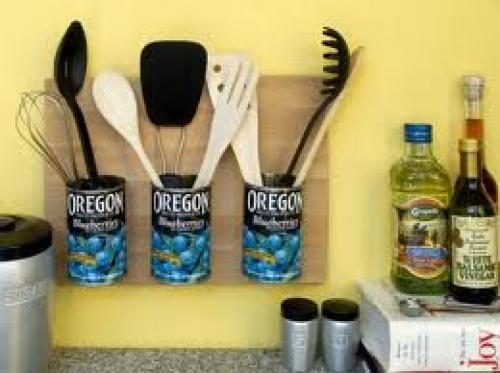 Crafts; Handmade Kitchen Tin can holder