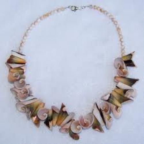 Crafts; Handmade Shell Jewelry