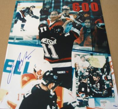 Mark Messier autographed Canucks 600th Goal 16x20 poster size photo (Steiner)