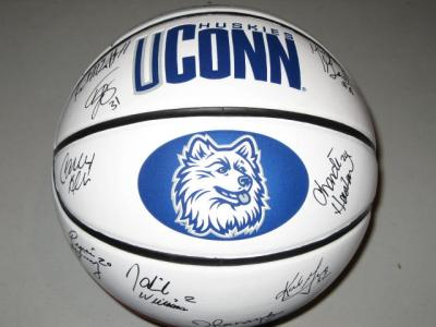 2007 UConn Women's Team autographed logo basketball (Geno Auriemma Tina Charles)