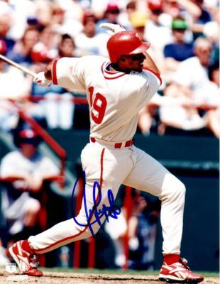 Juan Gonzalez autographed Texas Rangers 8x10 photo