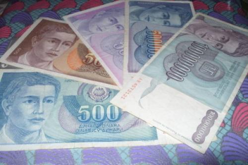 Yugoslavia lot 3x500/ 500000/100000000 Dinara-1990/3