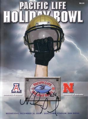 Niles Paul (Nebraska) autographed 2009 Holiday Bowl program